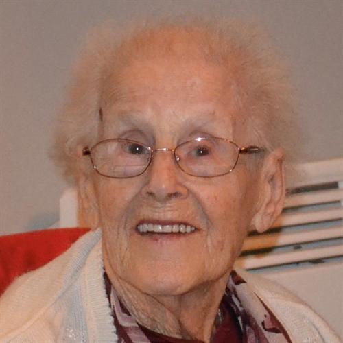 Avis de décès de Mme Hélène Desrochers , Décédé le 13 avril 2020 à Salaberry-De-Valleyfield, Québec
