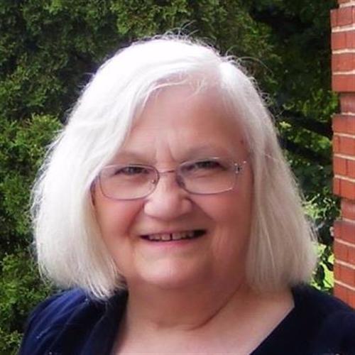 Avis de décès de Madelaine J. (MacLeod) Deneumoustier , Décédé le 3 septembre 2020 à Montréal, Québec