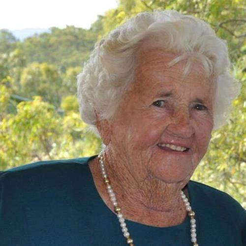 Mavis Lillian Murphy's obituary , Passed away on December 6, 2020 in Bundaberg, Queensland