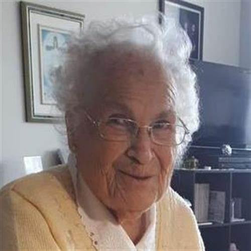 Avis de décès de Mme Gisèle Beaulieu , Décédé le 23 juillet 2021 à Lévis, Québec