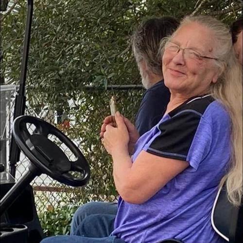 Terri Lynn (Coulson) Brackett's obituary , Passed away on September 13, 2021 in Elizabeth City, North Carolina